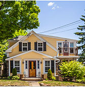 Beach Cottage Inn in Linconville Maine